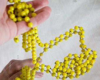 1920s Flapper Bead Necklace, Yellow - Art Deco