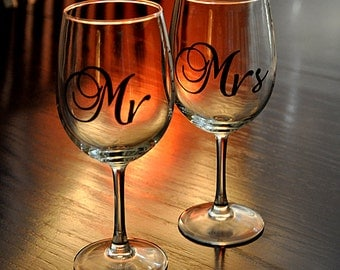 Mr & Mrs His and Her Wedding Toast Glasses for Bride and Groom