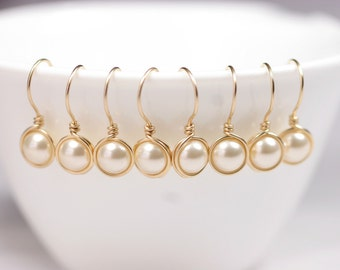 Set of 4-10 Gold Bridal Pearl Earrings Bridesmaids Gifts Bridesmaids Earrings Pearl Drop Earrings Gold Pearl Earrings Bridal Jewelry Bridal