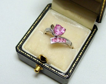 10K  Lady's Pink Sapphires Heart Ring - Sz. 6 1/2