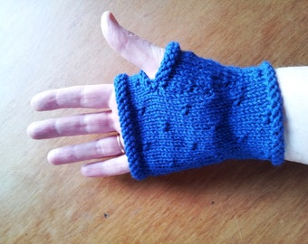 Womens blue gloves - fingerless gloves - womens gloves - handmade wool mittens - blue handknit