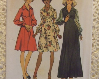 "Simplicity Pattern no. 5968 Size 16  bust 38""  For Ladies Dress  1973"