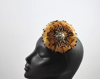 2 must: Small headdress made by hand with natural pheasant feathers,