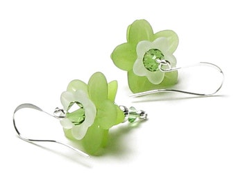 Green Flower Swarovski Crystal Silver Dangle Earrings Frosted White Floral Wedding Jewelry Women's Trendy Summer Earrings 2017 Pantone Color
