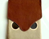 iPad Case/Sleeve - Hoot The Owl (Brown Beige)