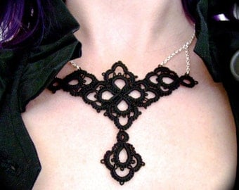 Tatted Lace Necklace - Petals