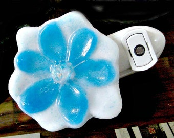 Gorgeous Turquoise Flower Fused Glass Night Light