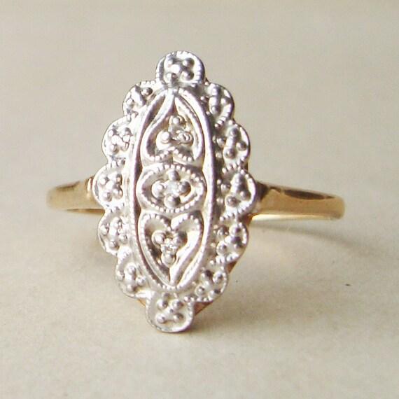 Vintage Diamond Engagement Ring, Scalloped 10k Gold & Diamond Wedding Ring Size US 7.5