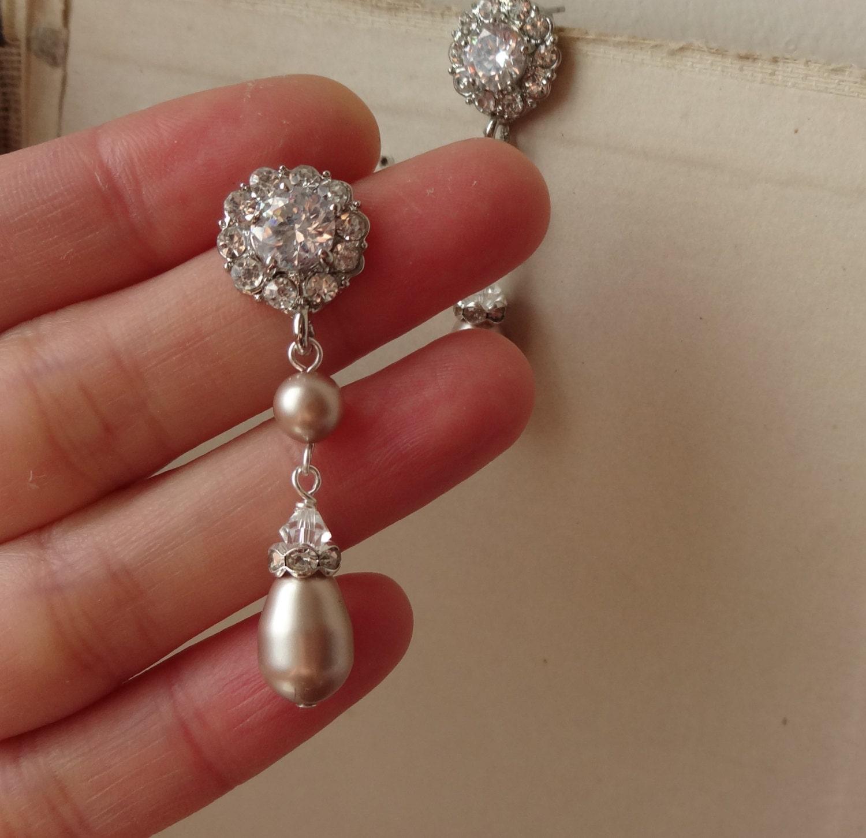 Vintage Style Earrings: Champagne Pearl Bridal Earrings Vintage Style Rhinestone