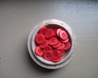 vintage buttons red No.1 set of 30