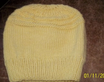 Hand knit knitted classic warm 100 % wool cap hat beanie chapeaux skicap yellow thick heavy weight