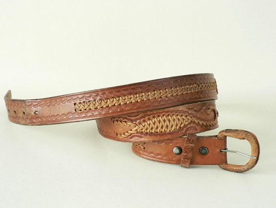Men's Vintage Tooled Leather Belt Size 46 With Snap Off  Buckle