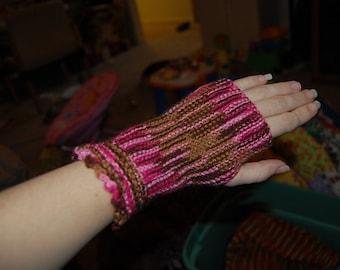 Sideways Fingerless Gloves