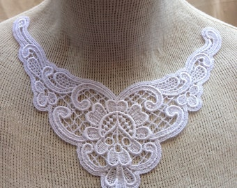 FRENCH LACE COLLAR  Applique in White