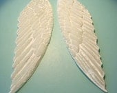 White VELVET WINGS  (1 sets)  Millinery  Pressed Pieces Large  Embossed from Antique Molds