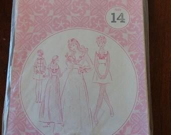 Vintage 70s Patterns Pacifica 3051 Ruffled Collar Mini Dress Maxi Dress Sewing Pattern size 14