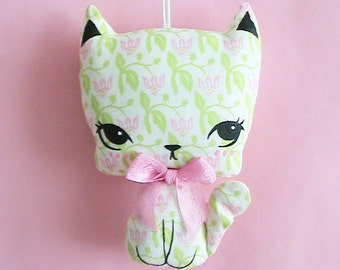 Little Kittie Plush Ornament - Lily
