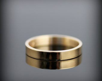 Recycled 14K yellow gold ring - 3mm gold wedding band