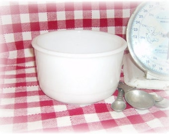 Small Vintage Milk Glass Mixing Bowl - Retro Vintage Kitchen Decor