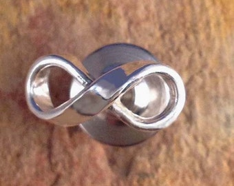 Infinity Pin Tie Tack by donnaodesigns