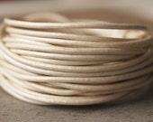 1.5mm Round Leather Cord Metallic Pearl : 15 Feet
