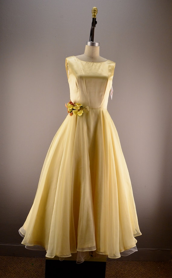 Pale Yellow Party Dress Vintage Bridesmaid Dress Size Medium
