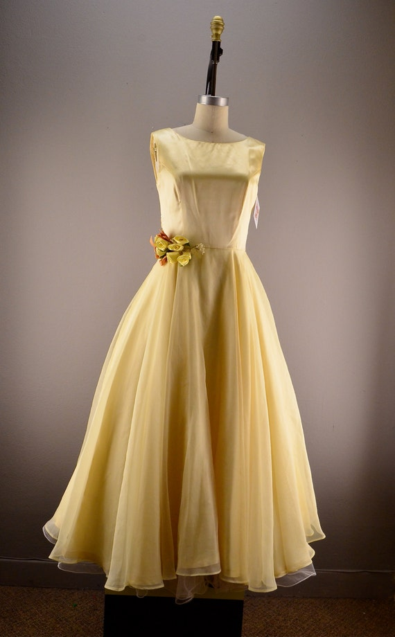 Pale yellow party dress Vintage bridesmaid dress by melsvanity