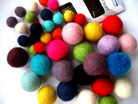 SALE Felt Beads FUN BAG x42 beads and Needle pack