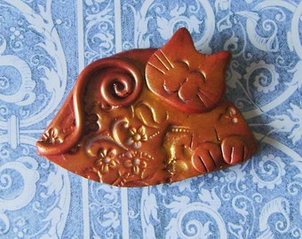 Polymer Clay Happy Bronze and Golden Cat Brooch Pin or Magnet