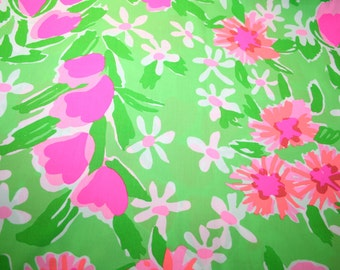"""Lilly Pulitzer fabric """"NEW GREEN EVERYTHING""""  100% cotton ,  18""""x18"""""""
