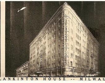 Vintage 1930's - 1950's Postcard - PLANKINTON HOUSE-Milwaukee (937) RPPC