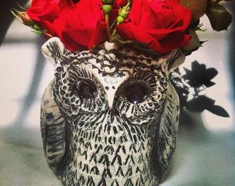 Owl Pot Vase - Black and White