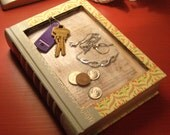 Small Catch-all Book Tray for keys, coins, etc.