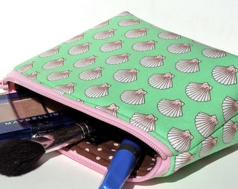 Sale - Mint Green - Makeup Bag - Zippered Pouch - Padded - Flat Bottom - Round Top - Scallop Shells - Ready to Ship