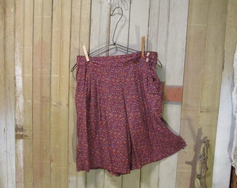 Calico vintage Shorts 90s Skort Skirt floral Burgundy calico short skirt vintage 90s  flowers mini skirt S M