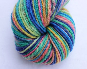 Handspun yarn 190yds Chromatophobia pink
