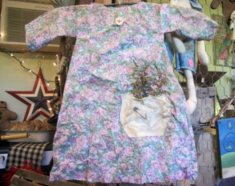 Vintage look primitive dress with stick hanger sweet annie and rusty pin muted pastel floral print