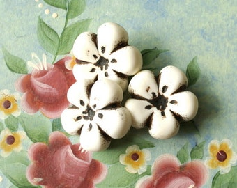 6 Vintage flower buttons white with brown 20mm, 4mm thick