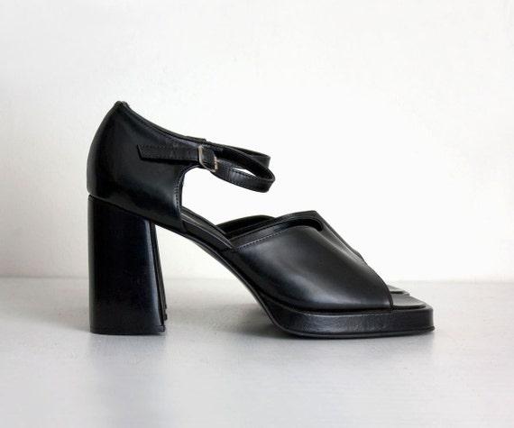 90s Vintage Black Leather Sandal Platform Heels / US 9 / EU 40