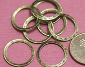 15 pcs of Antiqued Brass hammered circle link 16mm