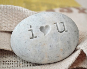 Ready Gift -  i Love u engraved on stone