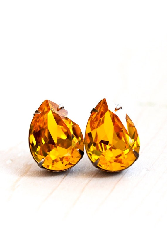 Topaz Yellow Stud Earrings, Swarovski Crystal Post Earrings, Sterling Silver, Vintage Look Estate Style Sparkly Rhinestone, Retro Glam