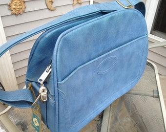 Vintage 1970's Era Blue Zippered OVERNIGHT BAG/Carryon