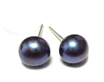 6 or 7mm Black Pearl sterling silver post earrings