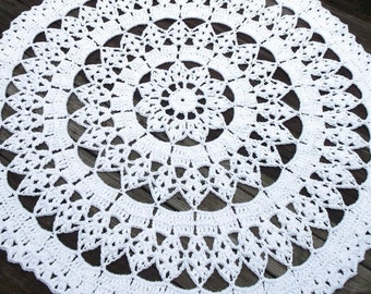 "White Cotton Crochet Doily Rug in 45"" Circle Lacy Pattern Non Skid"