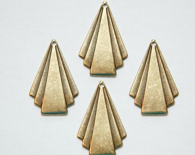 Brass Ox Deco Triangle Fan Pendant Drop Sm (6) mtl115A