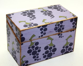 SALE Recipe Box Grapes Purple Green Ready To Ship Fits 4x6 Recipe Cards