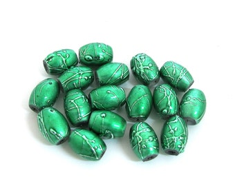Green with Green metallic speckles Acrylic Beads, 12mm x 8mm Oval Sold per pkg of 17pc (7 inches strand), 1059-63