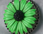 Women's Belt Buckle - Flower Power - Black Green Silver - ALteReD ViNtAgE JeWeLrY - Handmade Custom Fashion Accessory - Round Metal Buckle
