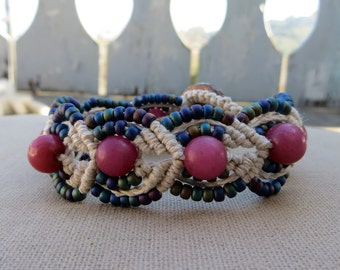 Hemp Macrame Bracelet with Buri Nut and Glass - Hemp Macramé Jewelry
